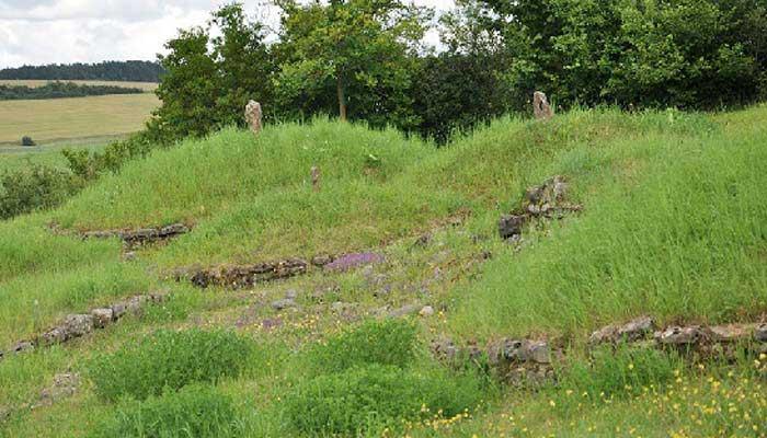 Hügelgräber Ostheim